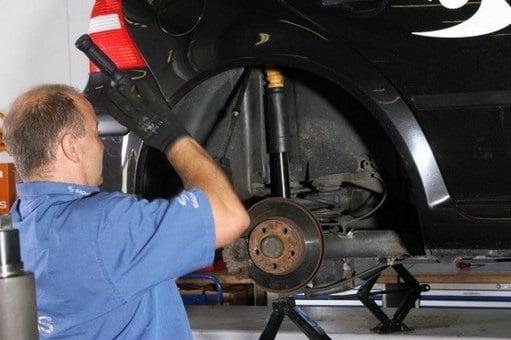 Manual Nissan Pathfinder 2008 Reparación de Amortiguadores