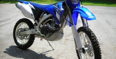 Manual de Moto Yamaha 5UMM 2008 DESCARGAR GRATIS